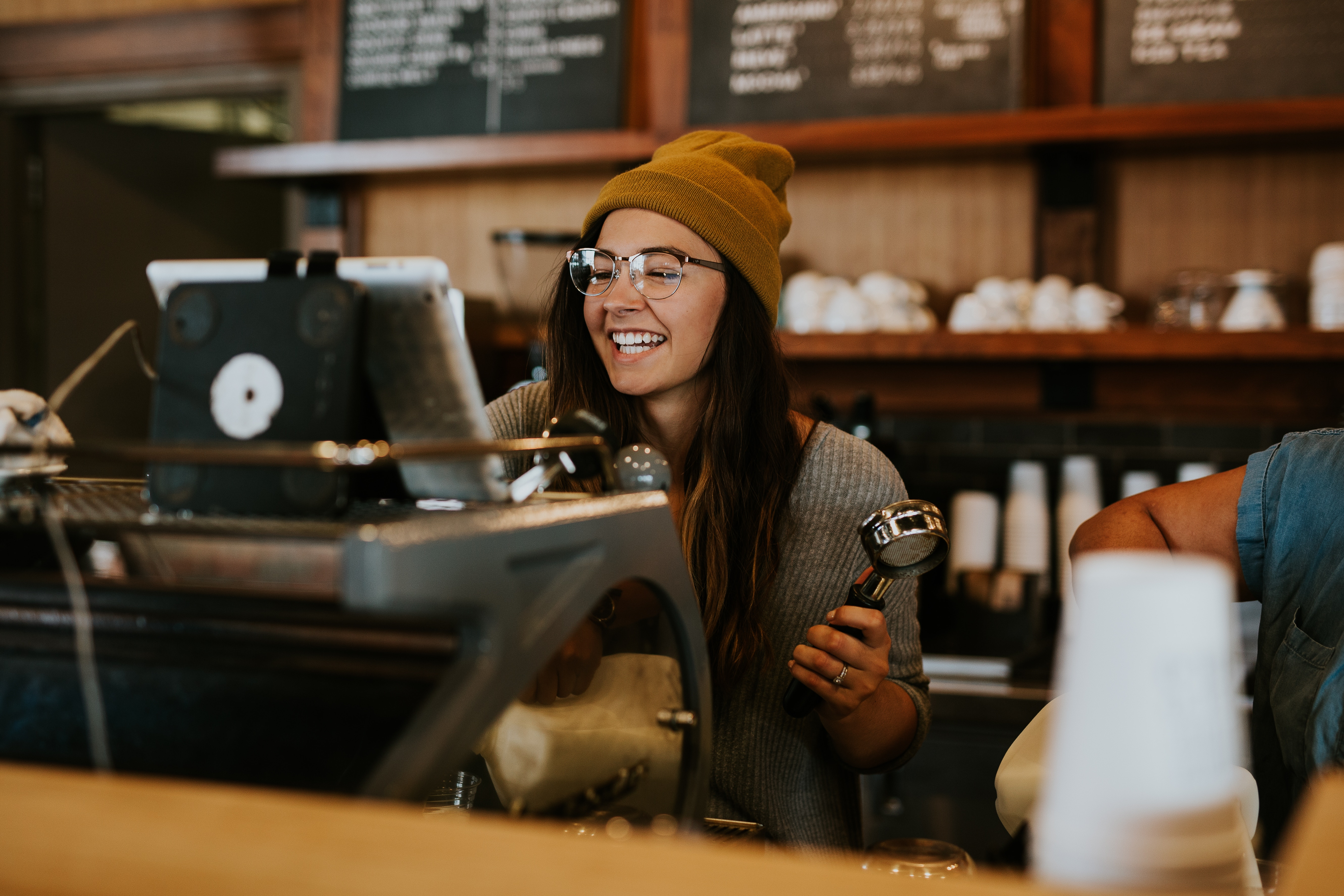 How to Motivate Your Baristas & Keep Them Engaged