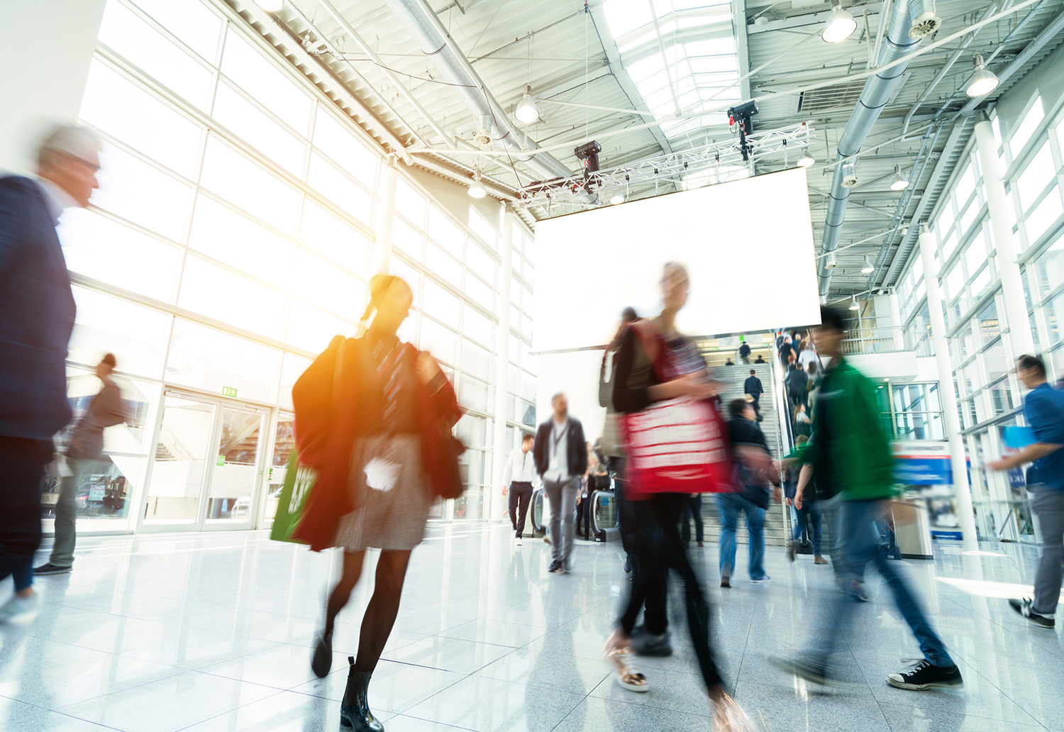 New Research: Men and Women Navigate B-to-B Exhibitions Differently