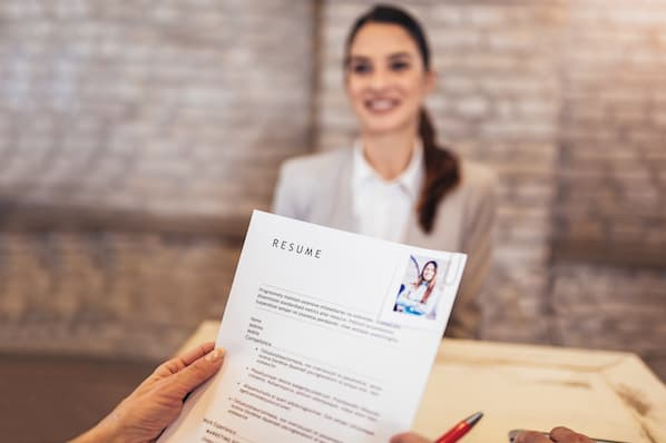 Use These Sales Manager Resume Tips & Templates to Get the Job